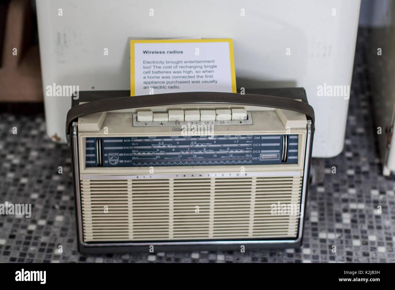 1950s Wireless Stock Photos & 1950s Wireless Stock Images - Alamy