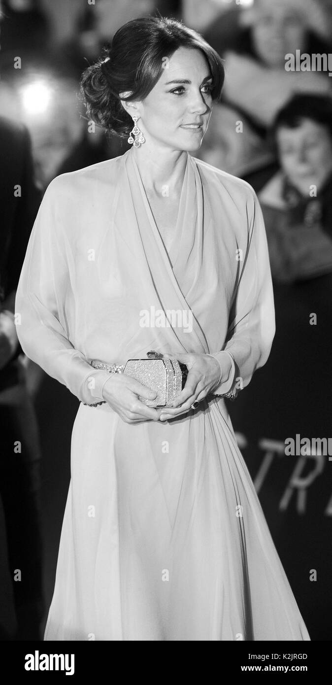 Photo Must Be Credited ©Alpha Press 079958 26/10/2015  Kate Duchess of Cambridge Katherine Catherine Middleton at The World Movie Premiere Of Spectre at the Royal Albert Hall London - Stock Image