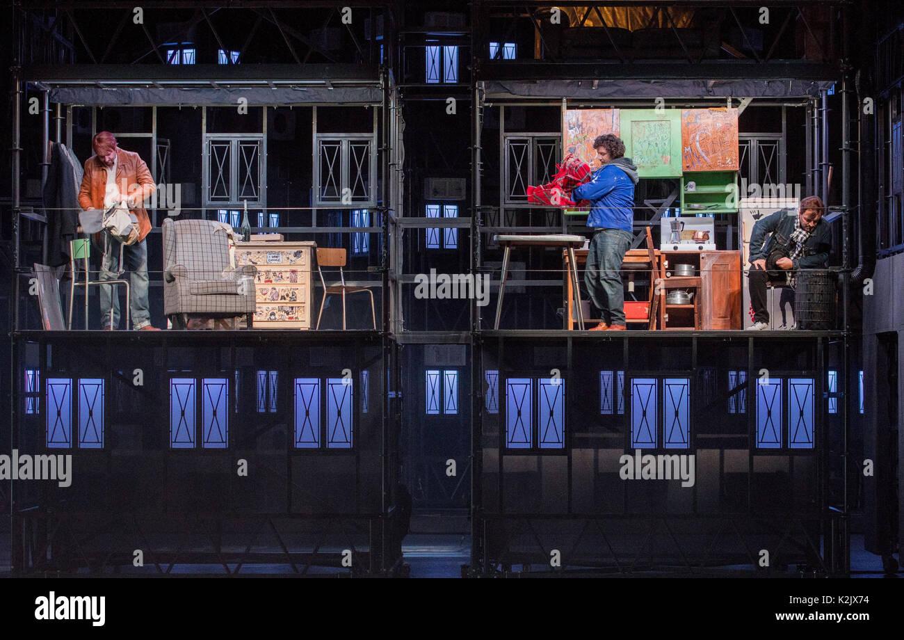 WWW.IANGEORGESONPHOTOGRAPHY.CO.UK Picture: La Boheme (opera), Festival Theatre  Opera's greatest, most heartbreaking Stock Photo
