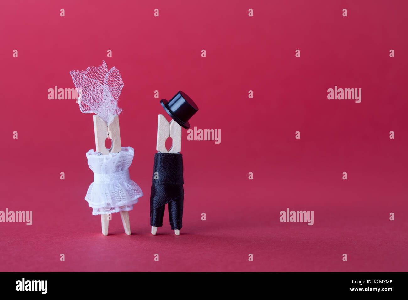 Pink Paper Hat Stock Photos & Pink Paper Hat Stock Images - Alamy