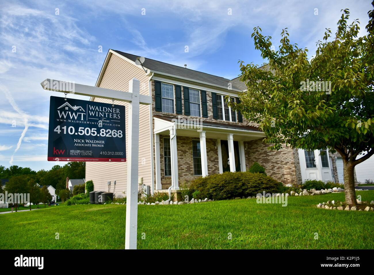 Big Beautiful Modern House For Sale Sign Stock Photos Big