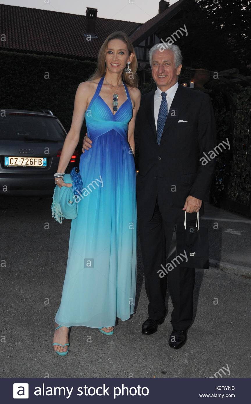 Laura and Adriano teso. Birthday party for Alba Parietti, the party ...