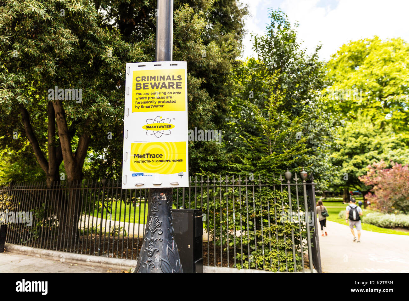 Smartwater sign, smart water sign, warning, MetTrace, met trace, Criminals beware sign, London UK, smartwater protection, - Stock Image