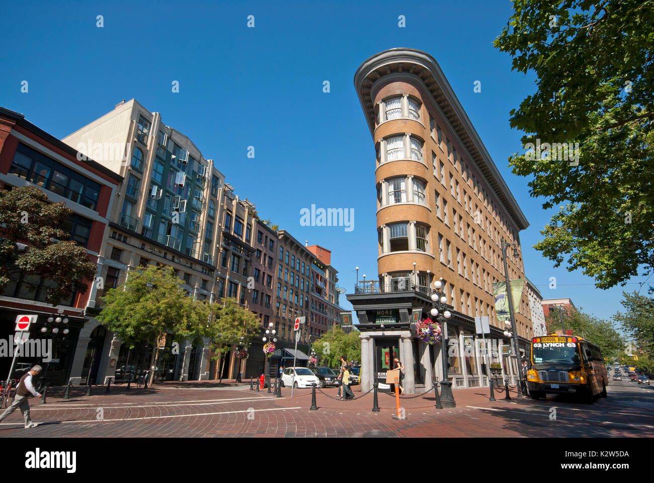 Flatiron Building (built in 1908-1909 by Parr and Fee Architects) in Gastown district, Vancouver, British Columbia, Canada - Stock Image