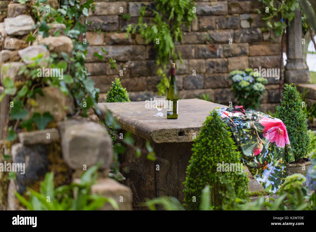 Secret Garden Northtonshire Garden Ftempo