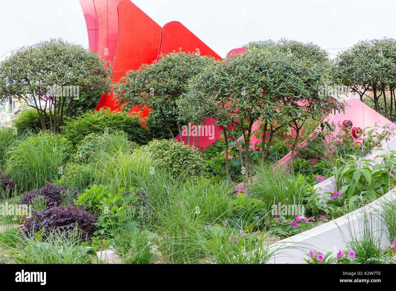 Silk Road Garden, Chengdu, China.  Designers Laurie Chetwood and Patrick Collins - Stock Image