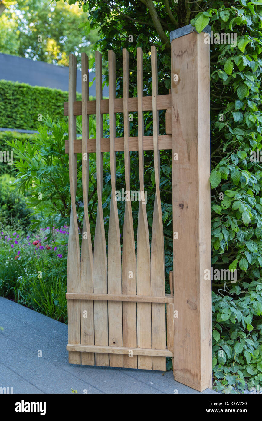 The Linklaters Garden for Maggie's.  Designer Darren Hawkes.  Gold medal - Stock Image