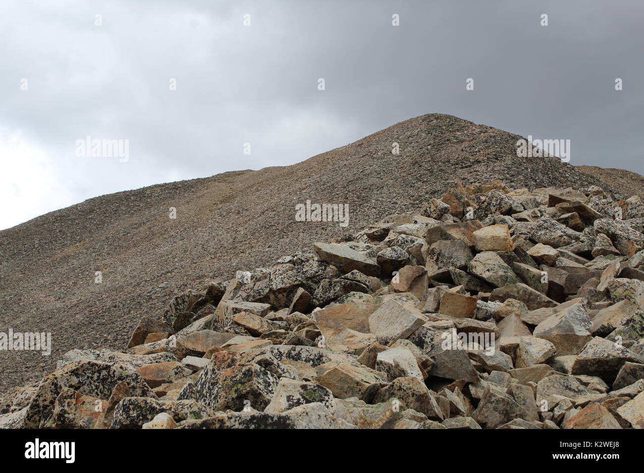 Summit of Mt. Democrat in the Mosquito Range of the Rocky Mountains as seen from the eastern slope trail.  Near Alma and Fairplay, Colorado. - Stock Image