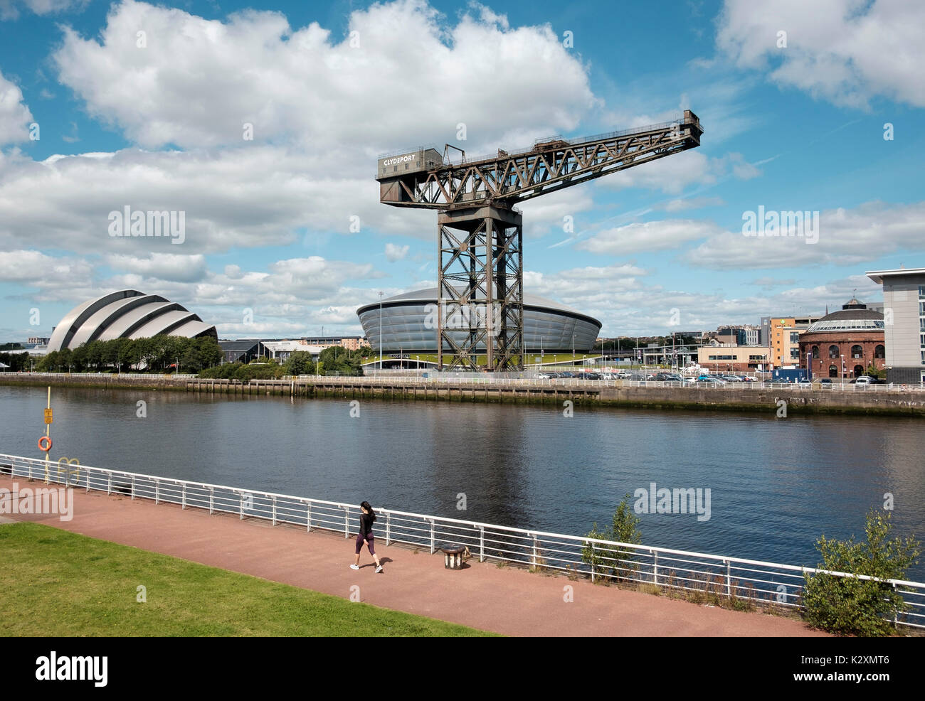 Modern architectural development including the SSE Hydro multi-purpose indoor arena and the SEC Armadillo concert venue - Stock Image
