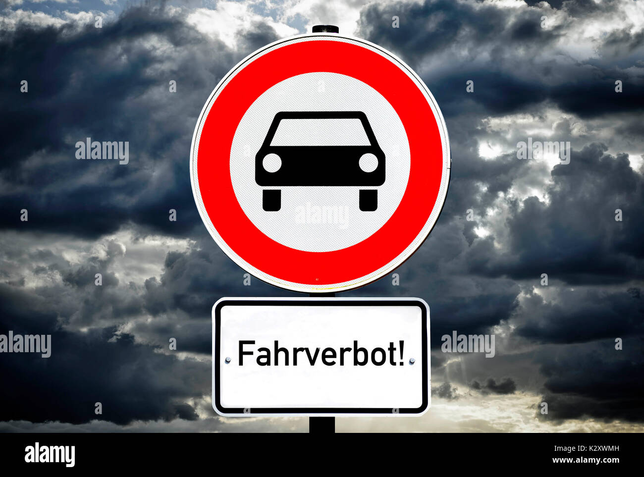Sign Ban on driving for vehicle, diesel bans on driving, Schild Fahrverbot fuer Kfz, Diesel-Fahrverbote - Stock Image
