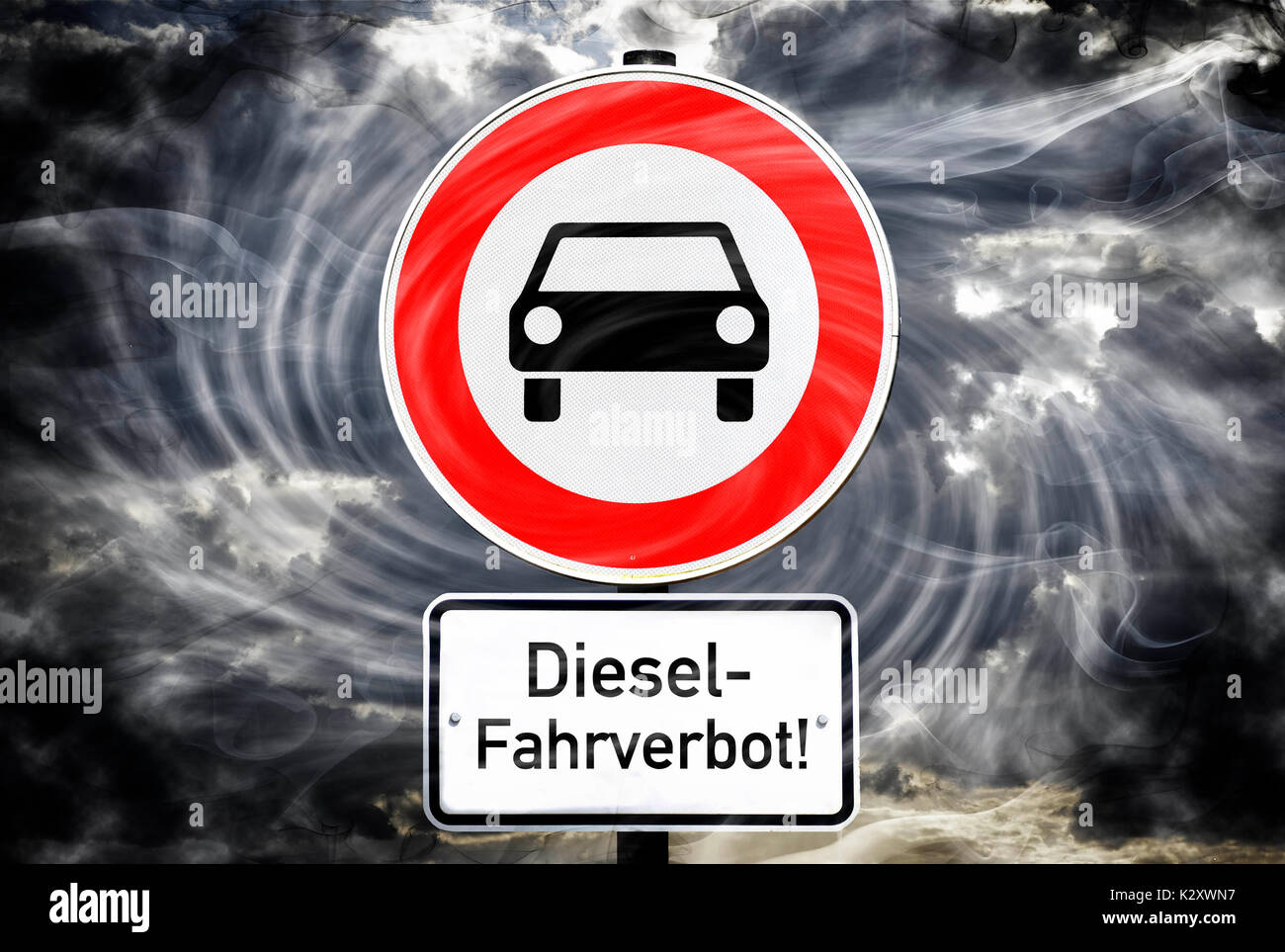 Sign Ban on driving for vehicle, diesel ban on driving, Schild Fahrverbot fuer Kfz, Diesel-Fahrverbot - Stock Image