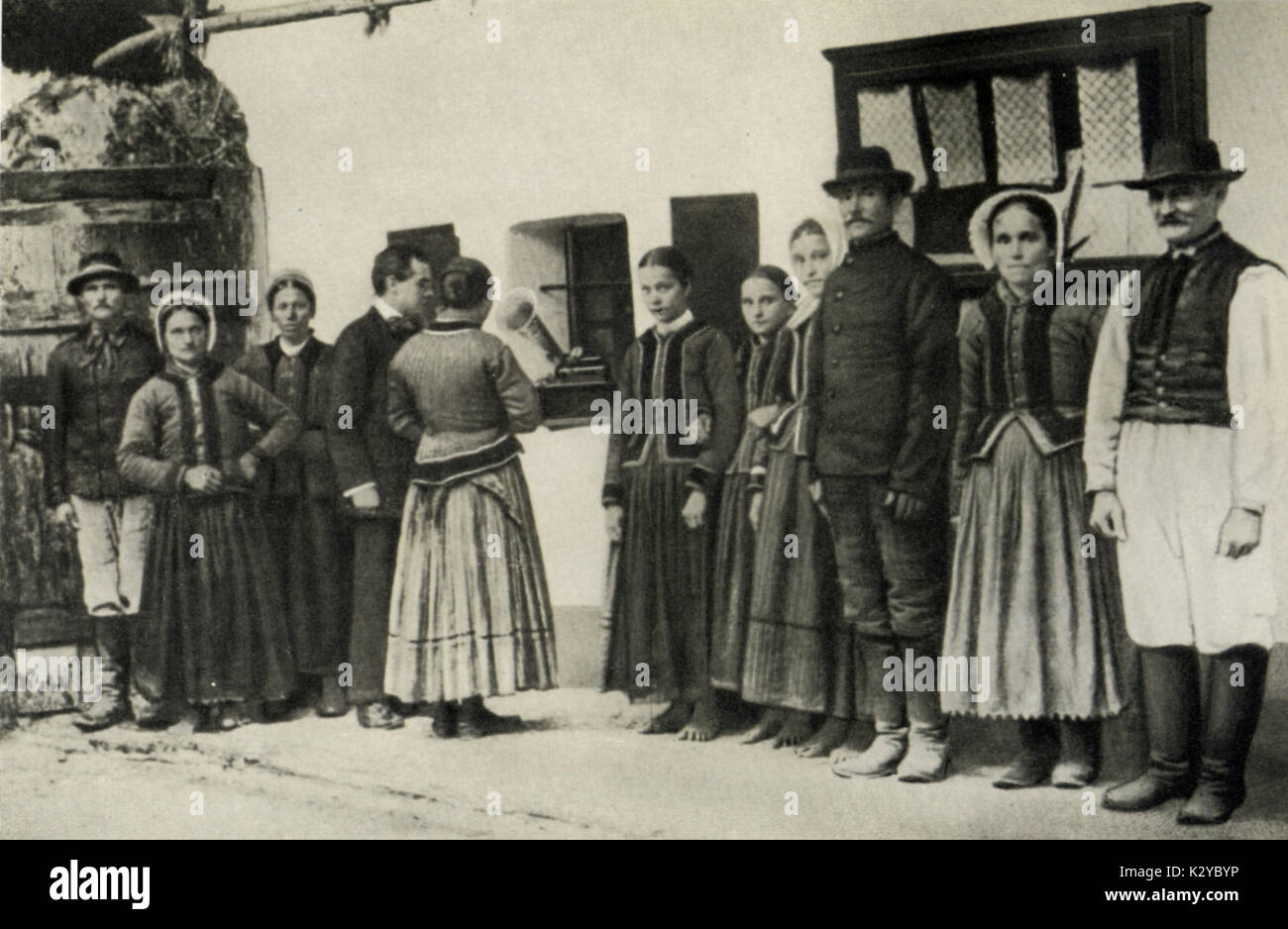 Bela Bartok  collecting Slovak folk songs, 1907 in village of Zobordarazs in Nyitra County (now Drazovce, the Czech Republic), making a recording.   Hungarian composer & pianist,  1881-1945 Stock Photo