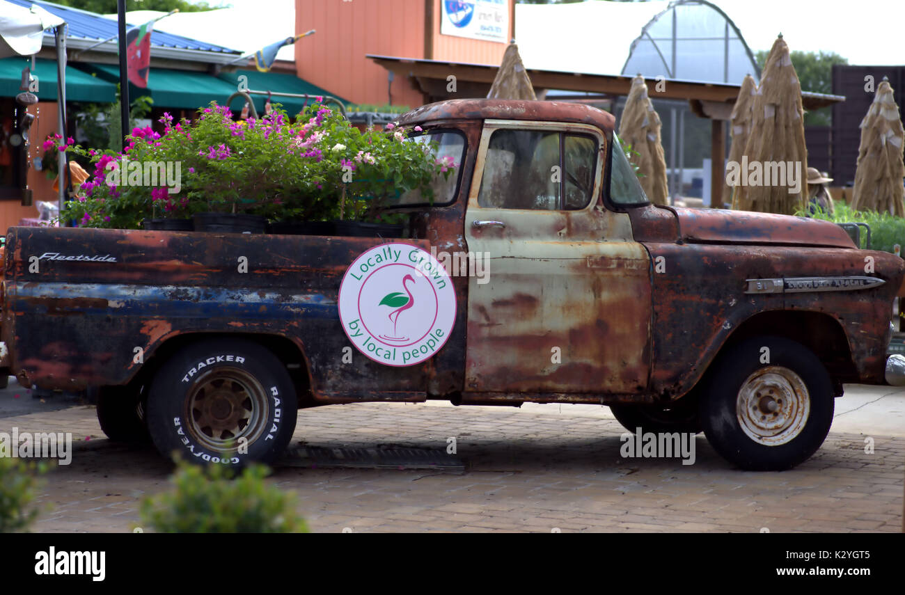 Rusty Old Truck Stock Photos & Rusty Old Truck Stock Images - Alamy