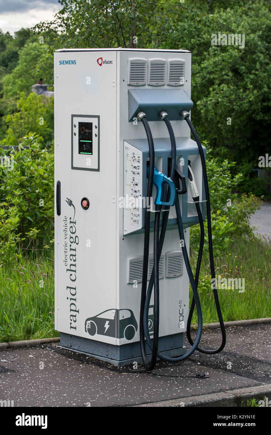 Siemens QC45 unit, triple-outlet rapid charger for electric vehicles / electric cars - Stock Image