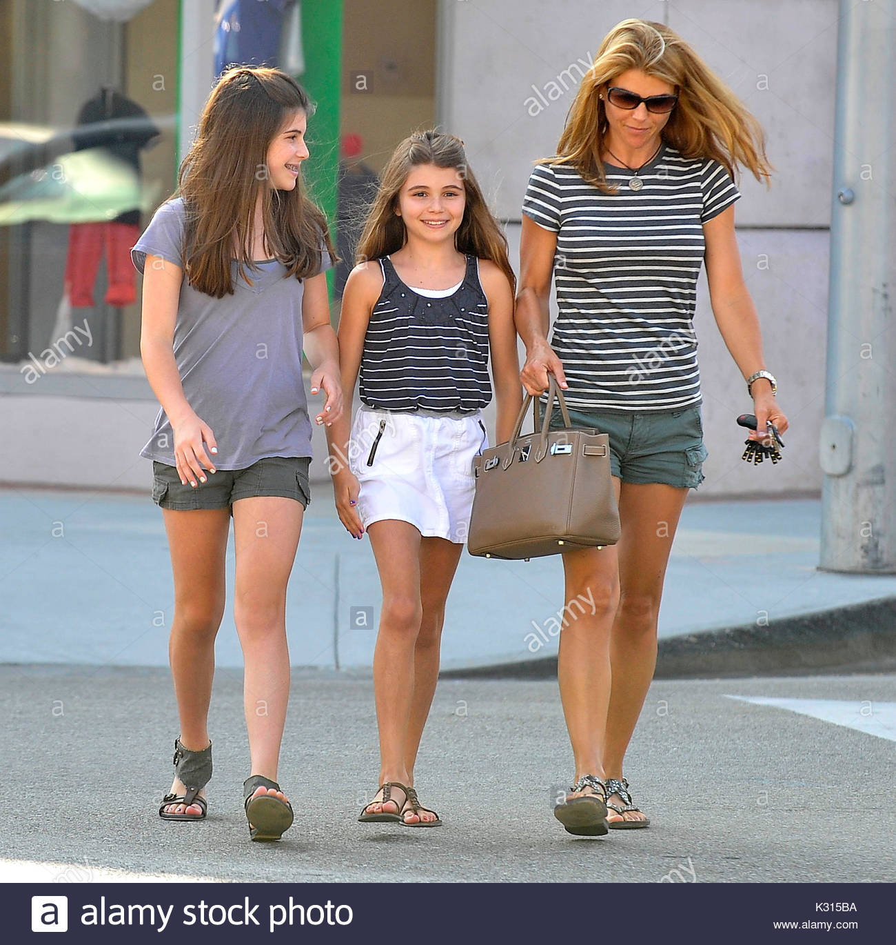 lori loughlin isabella rose and olivia jade lori loughlin spends