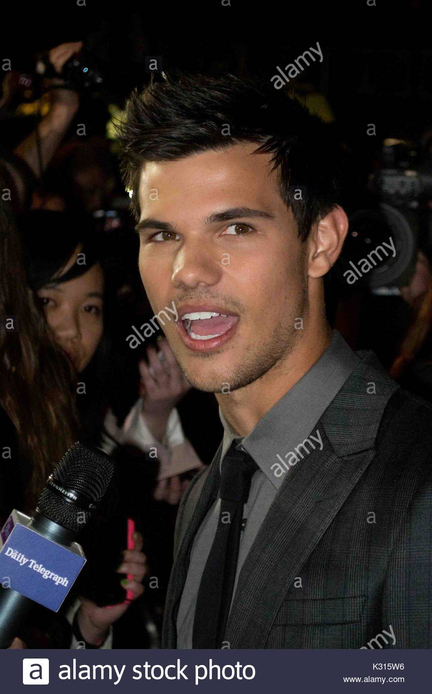 Taylor Lautner. Taylor Launer attends the red carpet premiere of his new  movie 'Abduction