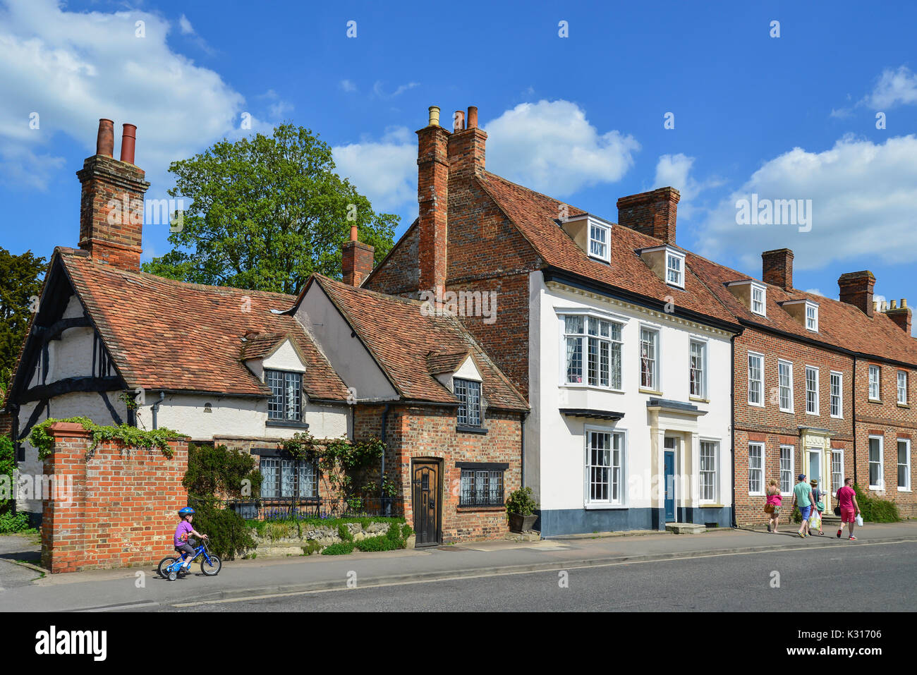 Period cottages on High Street, Thame, Oxfordshire, England, United Kingdom - Stock Image