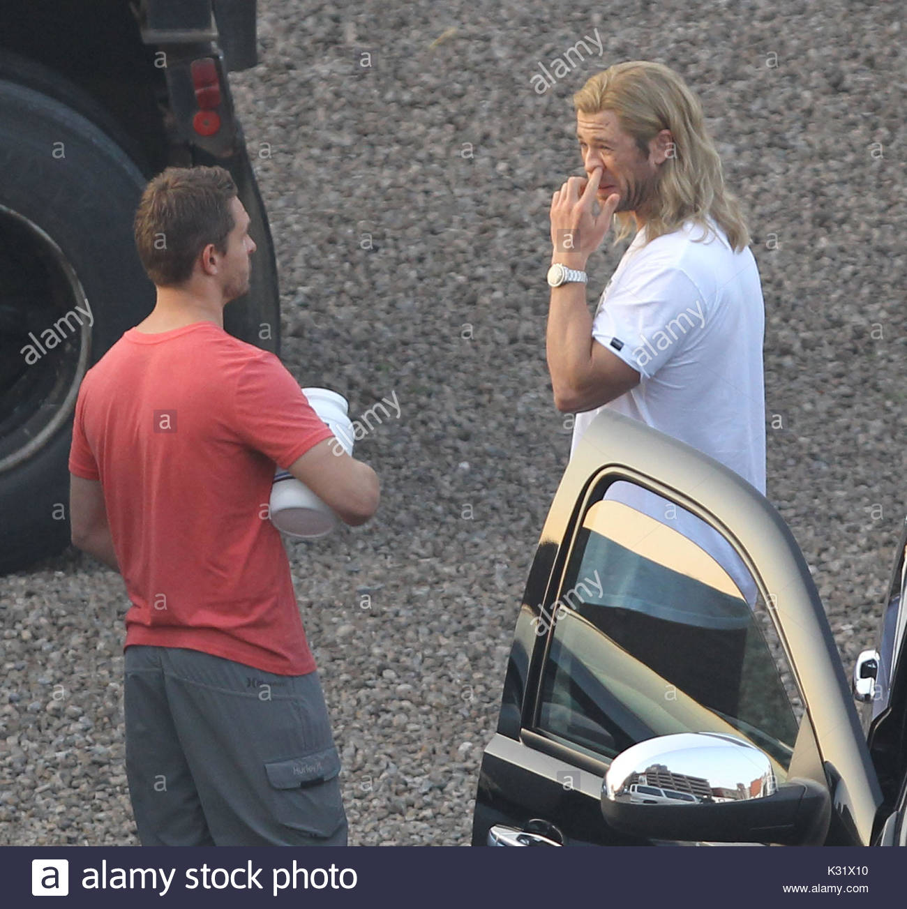 Chris Hemsworth Picks A Booger In Front Of A Girl Assistant At 7am On The  Set Of U0027The Avengersu0027 Filming In Cleveland. The Action Star Showed That It  Was ...