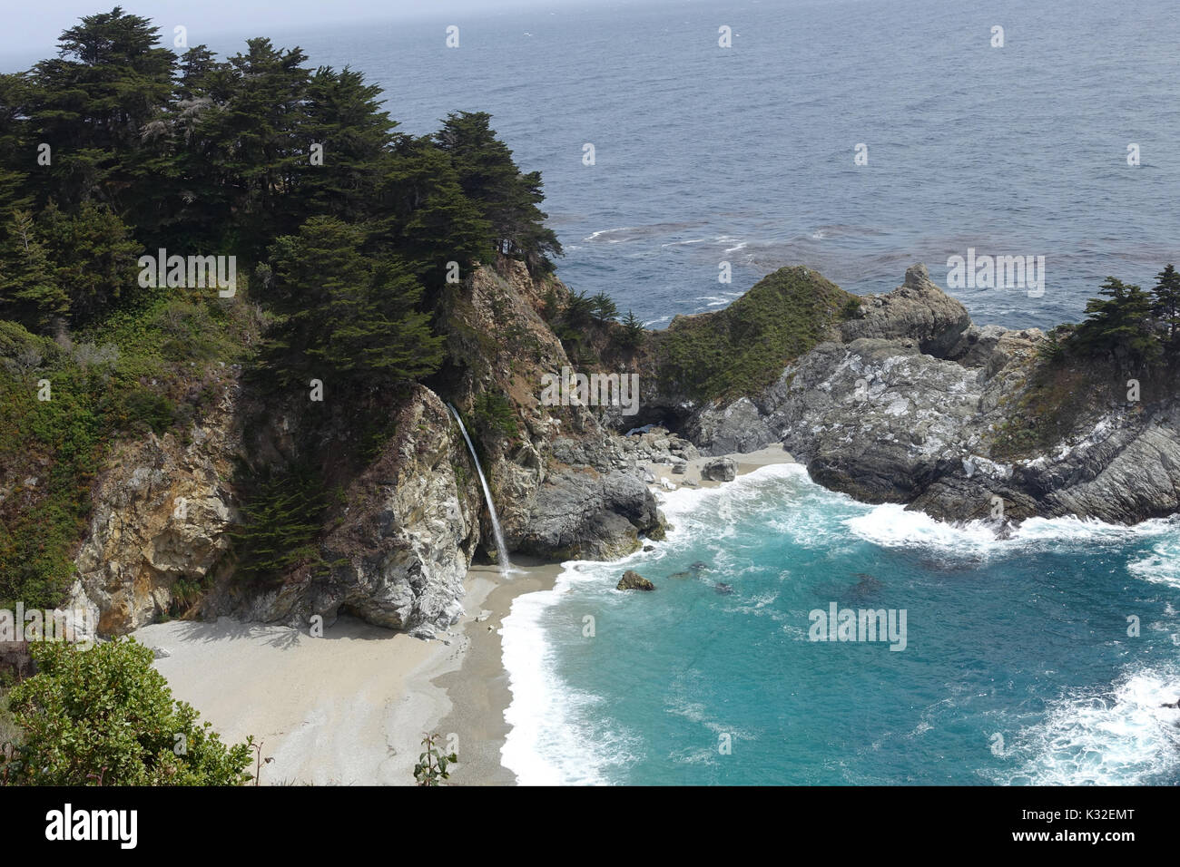 McWay Falls - Definitely a not-to-be-missed landmark for anyone traveling along Highway 1. - Stock Image