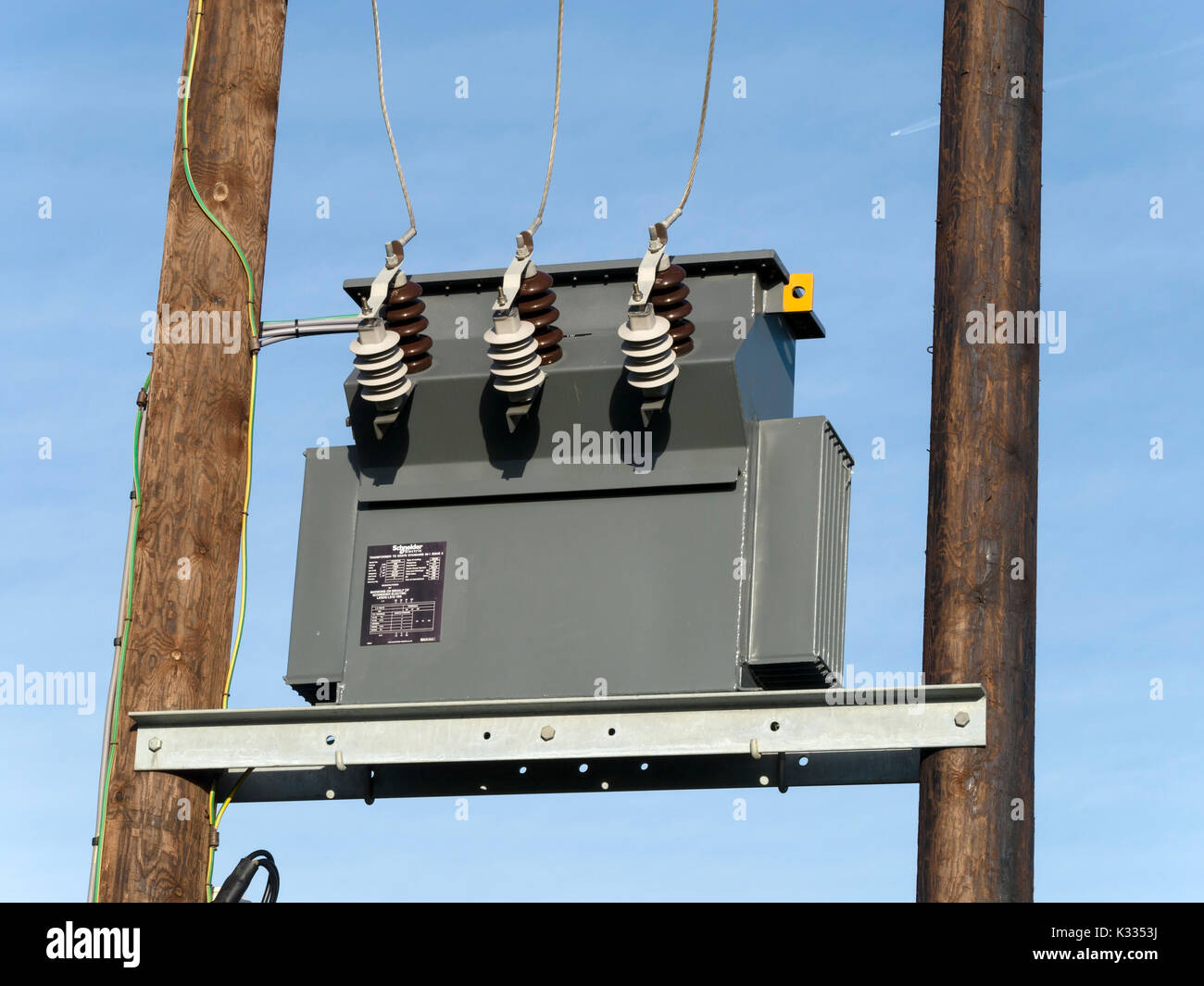 High Voltage Transformer Stock Photos Schneider Electric Wiring Diagram Pole Mounted Electricity Distribution On Uk National Grid Image