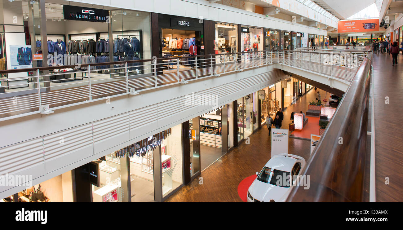The new shopping mall in the revitalised Manufaktura, a former textile factory in central Lodz. - Stock Image