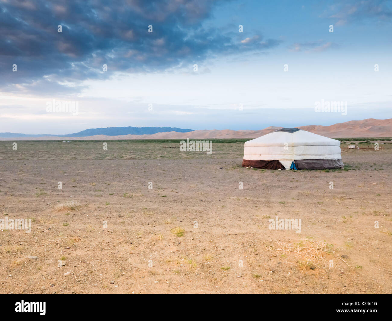 Mongolia Yurt in the Gobi Desert - Stock Image