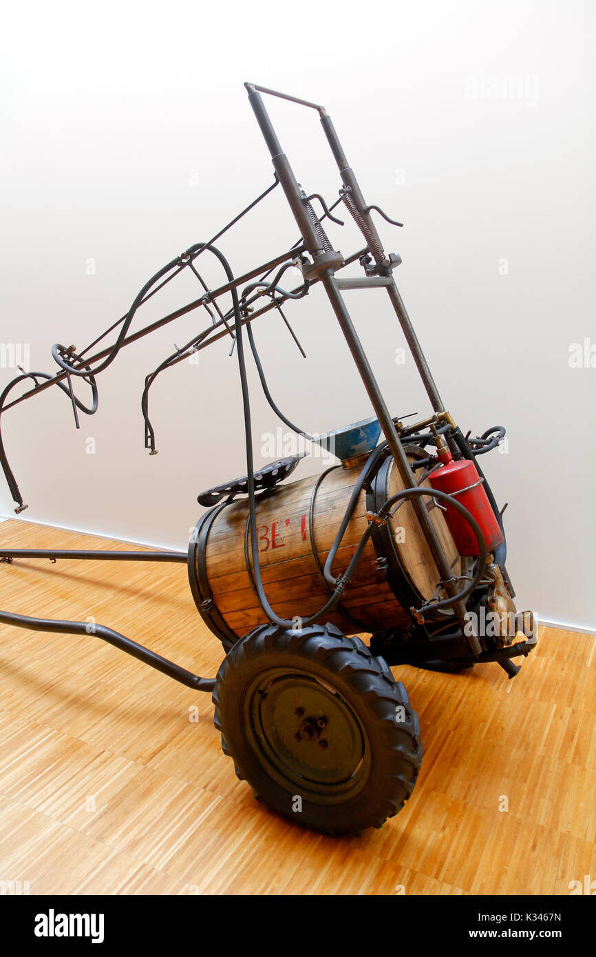 Antique sprayer. Museum of Rural Life. Espluga de Francolí. Tarragona, Catalonia, Spain. - Stock Image