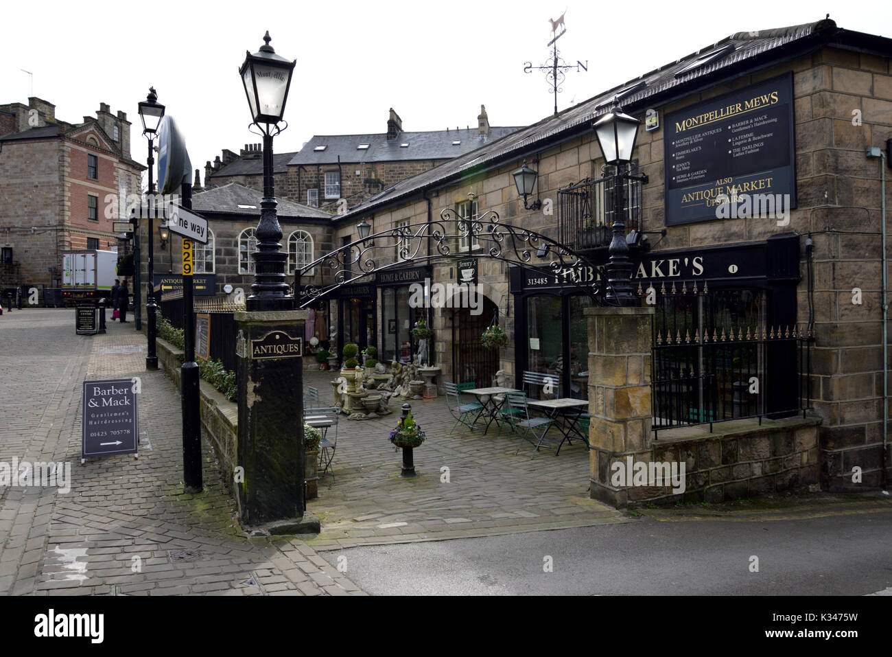 LANDSCAPE Harrogate is a spa town in North Yorkshire, England. Historically in the West Riding of Yorkshire, the town is a tourist destination and its - Stock Image