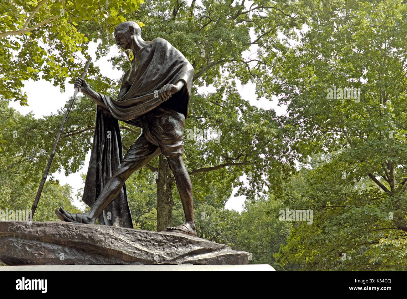 Statue of Mahatma Ghandi in the India Cultural Gardens section of the Cleveland, Ohio, USA Rockefeller Park Cultural Gardens - Stock Image