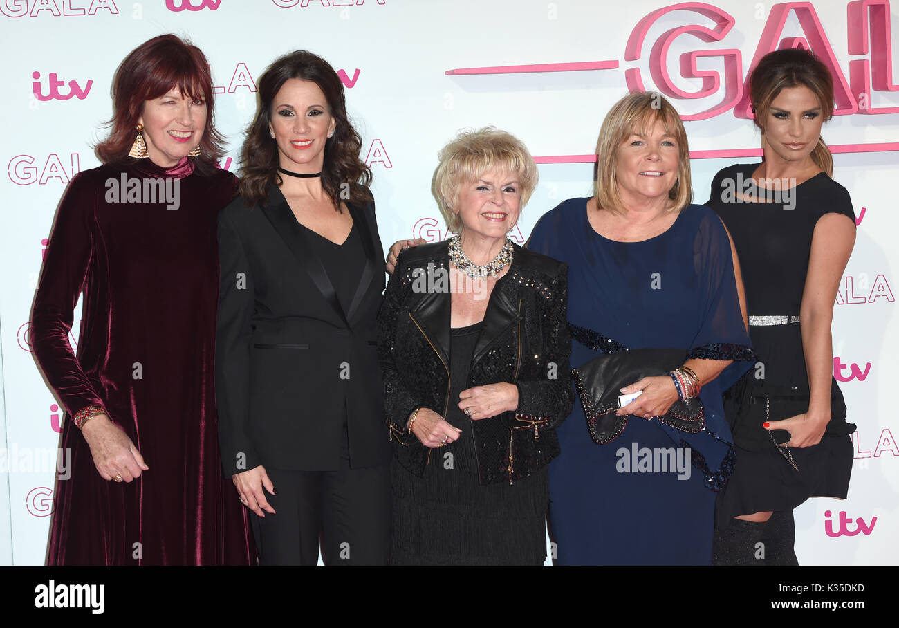 Photo Must Be Credited ©Alpha Press 079965 24/11/2016 Janet Street Porter Andrea McLean Gloria Hunniford Linda Robson Katie Price AKA Jordan  ITV Gala 2016 London Palladium Argyle Street London - Stock Image