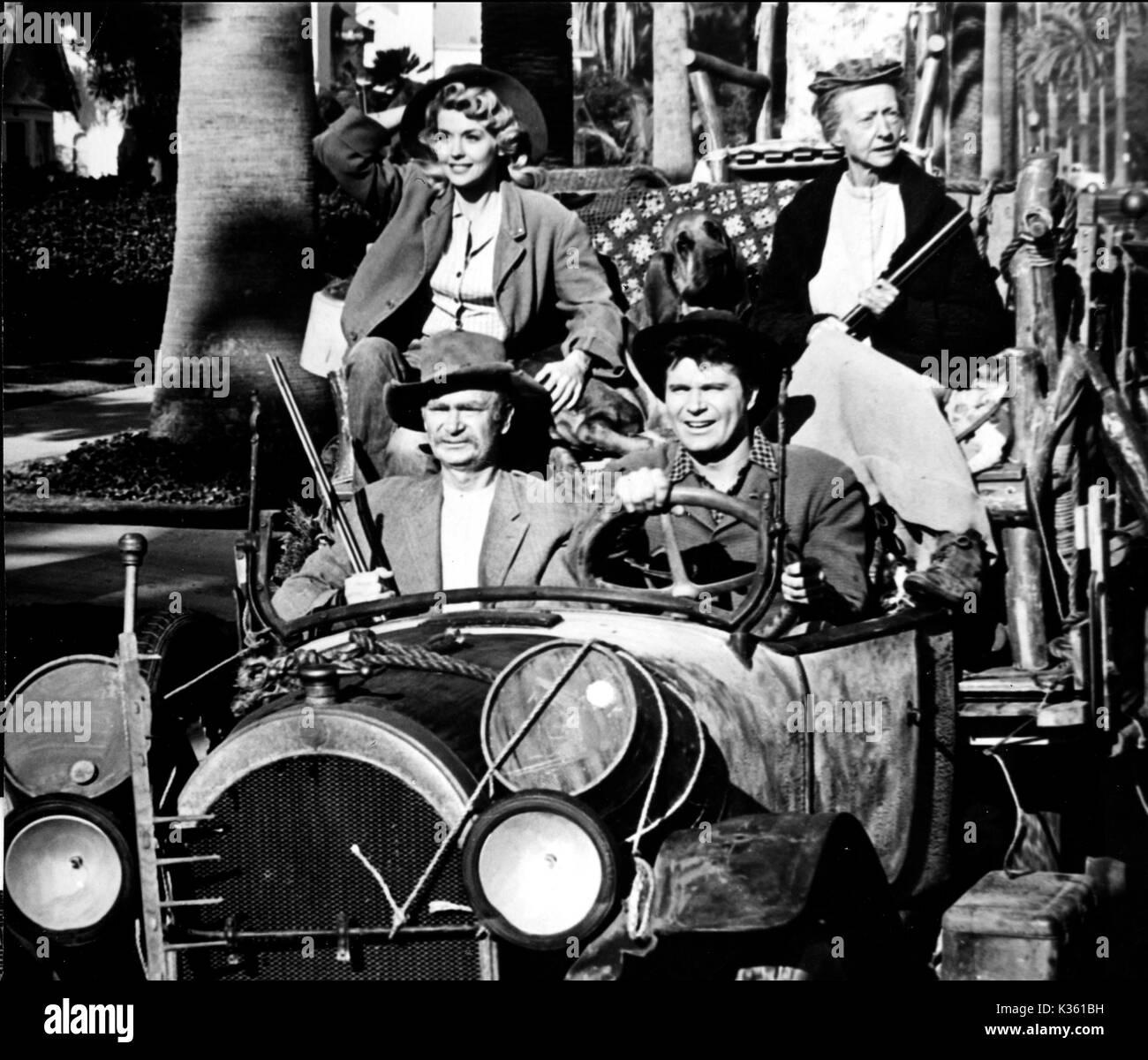 THE BEVERLY HILLBILLIES  DONNA DOUGLAS, BUDDY EBSEN, IRENE RYAN, MAX BAER JR Stock Photo