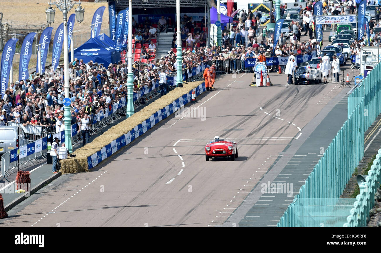 Brighton, UK. 2nd Sep, 2017. The Brighton Speed Trials watched by large crowds of motor racing enthusiasts held Stock Photo