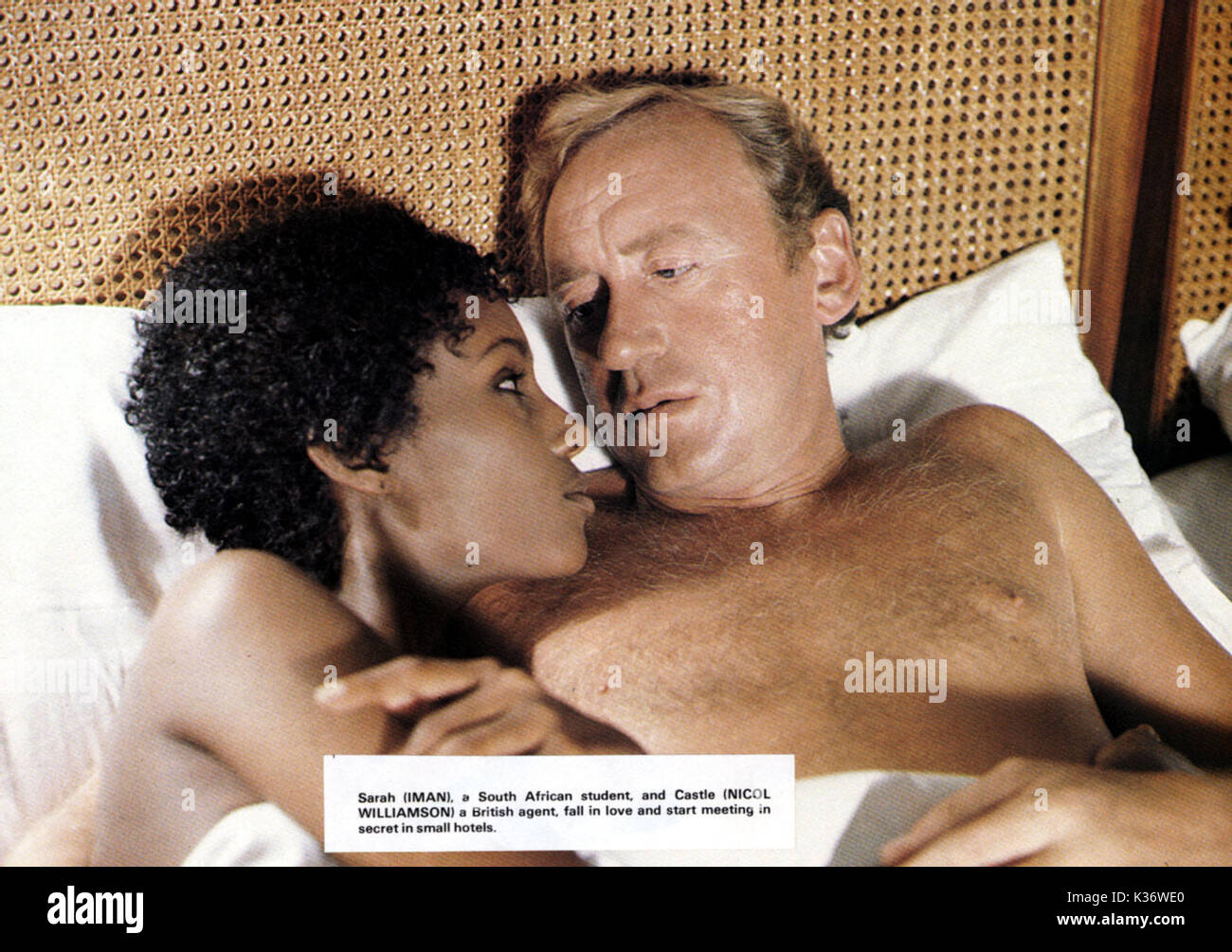 THE HUMAN FACTOR Iman and Nicol Williamson     Date: 1980 - Stock Image