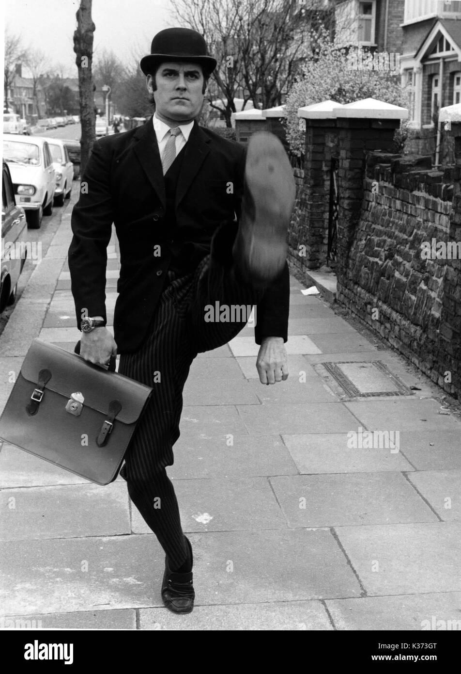 Αποτέλεσμα εικόνας για 15 Ministry of Silly Walks Monty Python's Flying Circus