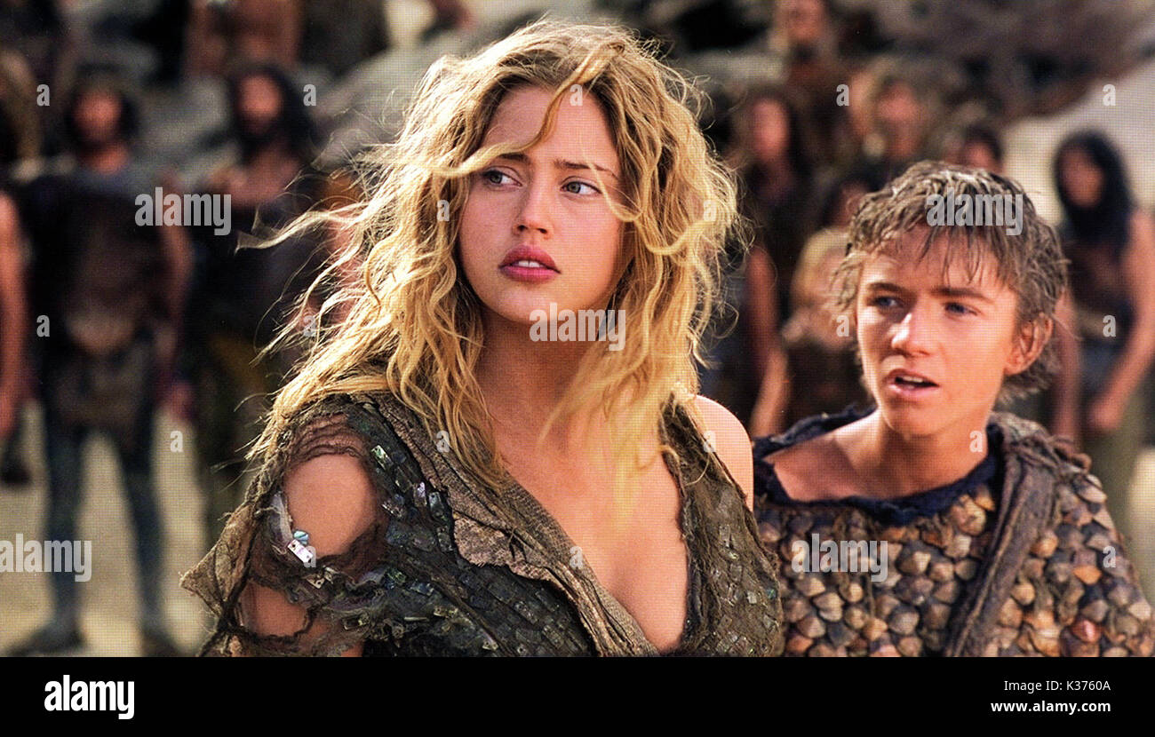 Estella Warren where is