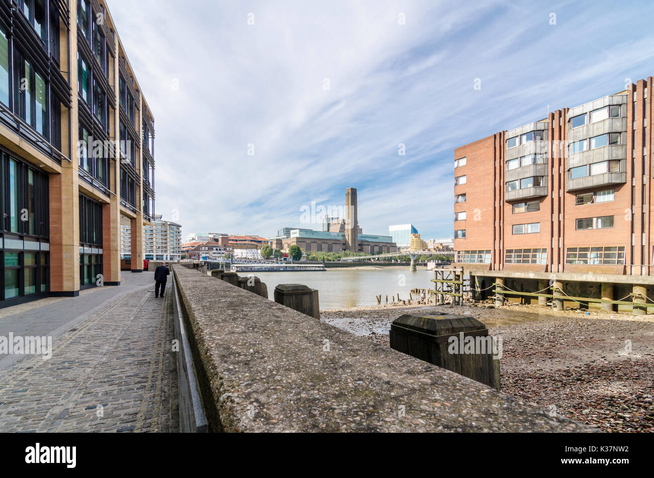 Queens Quay / Queenhithe historic Roman dock on the River Thames knownin Saxon times as Ethelred's Hythe, London, - Stock Image