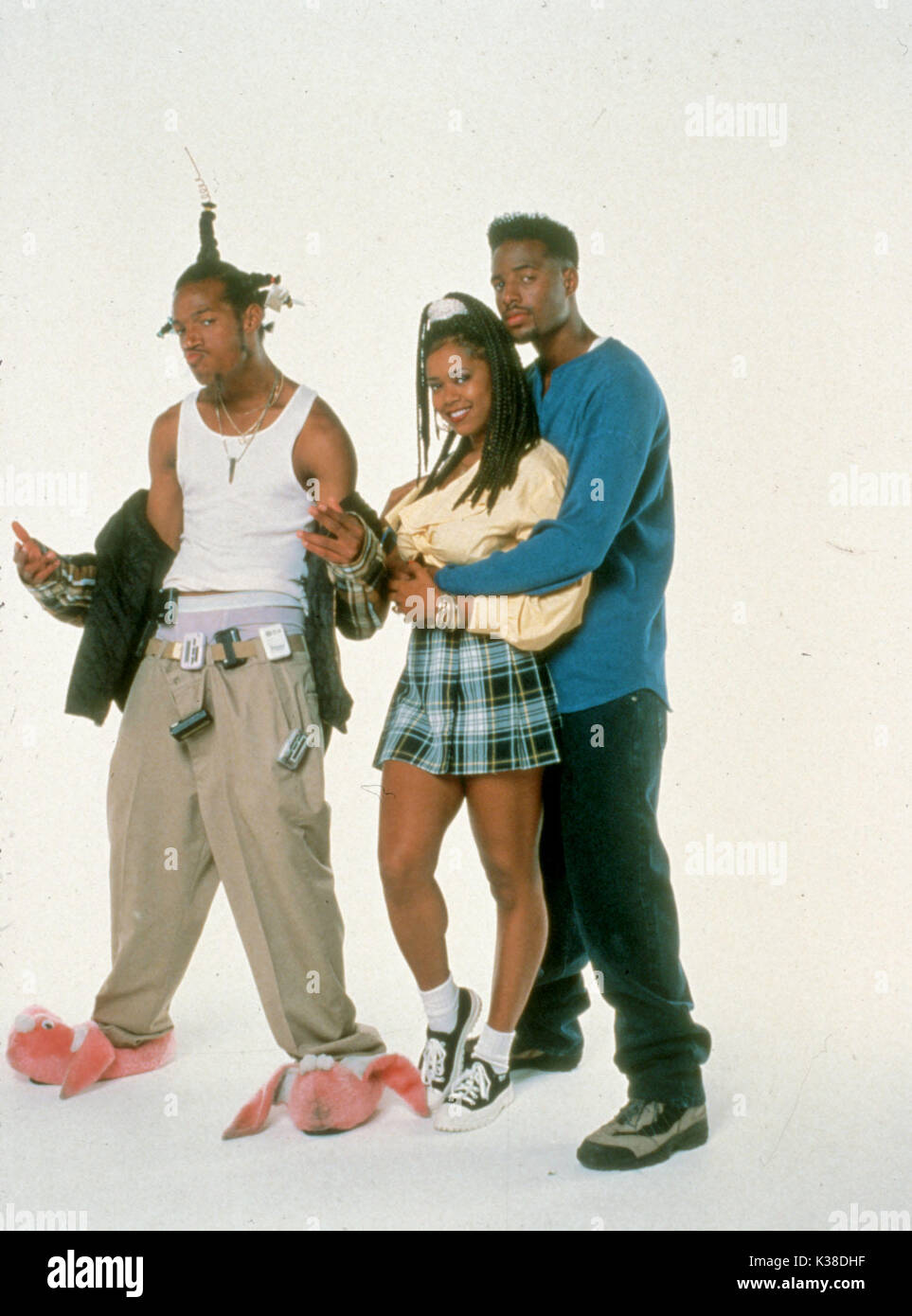 DONT BE A MENACE TO SOUTH CENTRAL WHILE DRINKING YOUR JUICE IN THE HOOD US 1996 SHAWN WAYANS TRACEY CHERELLE JONES AND MARLON Date