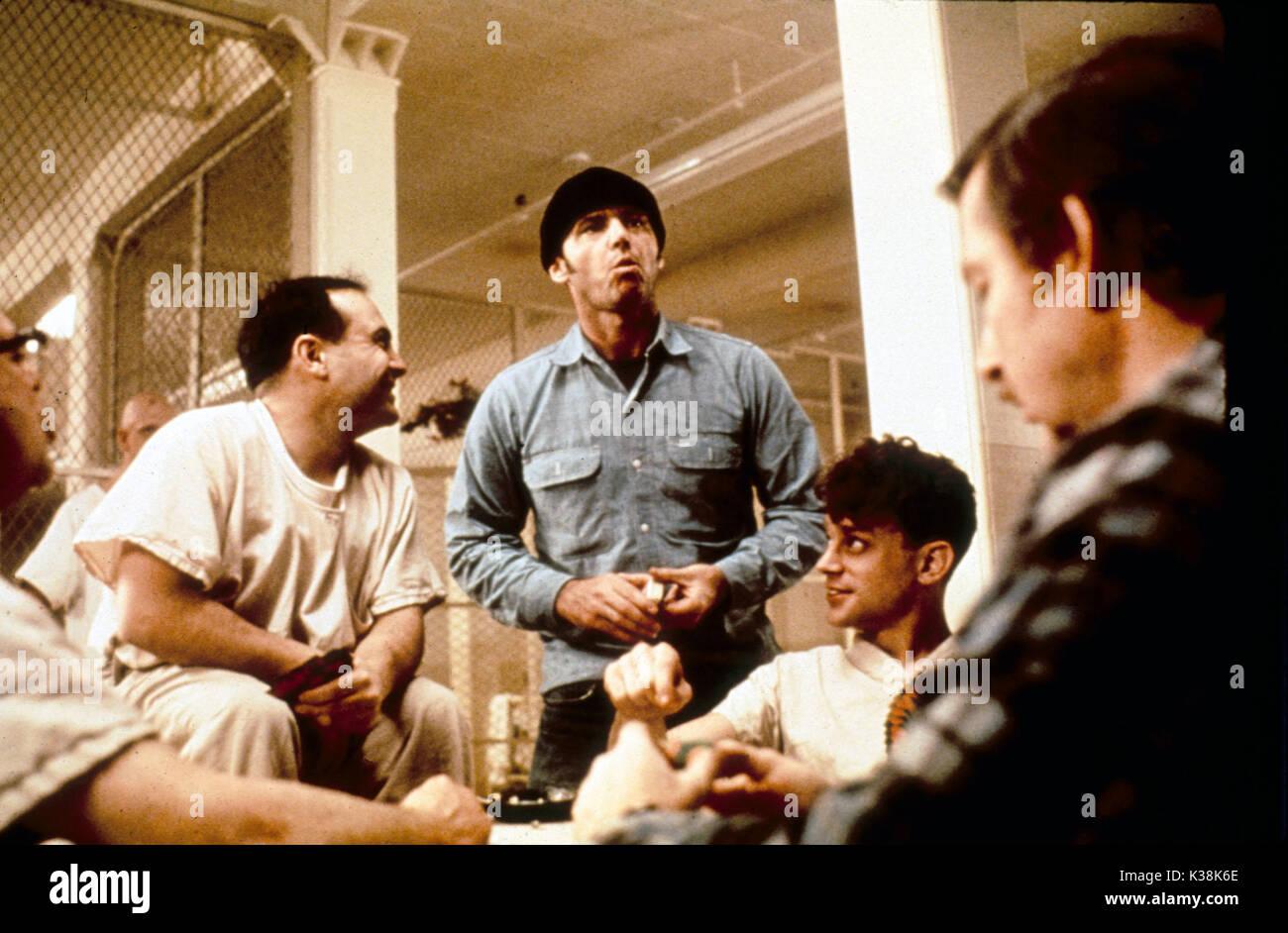ONE FLEW OVER THE CUCKOO'S NEST [US 1975]  Danny DeVito, Jack Nicholson, Brad Dourif     Date: 1975 - Stock Image