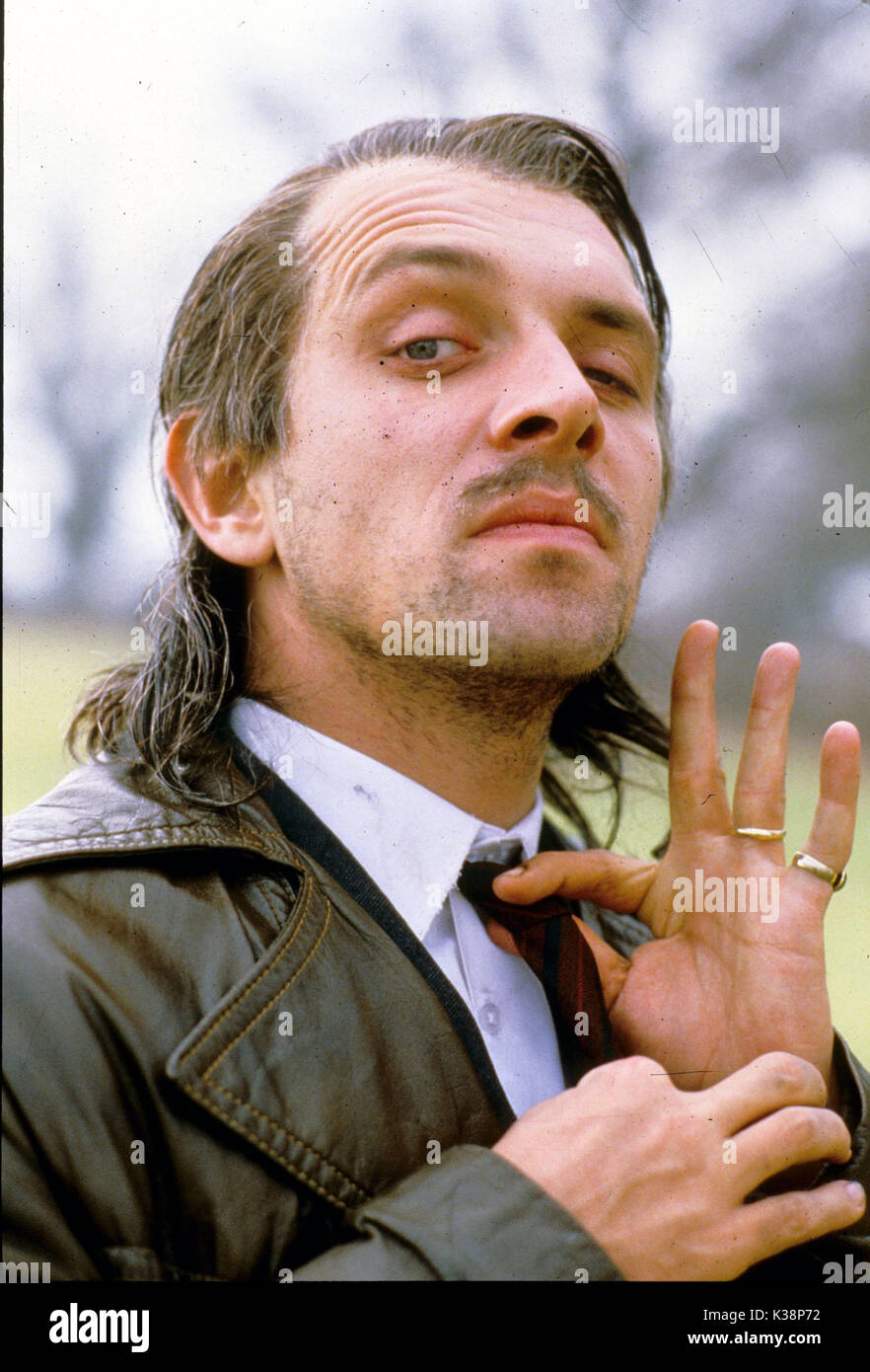 COMIC STRIP PRESENTS... MR. JOLLY LIVES NEXT DOOR RIK MAYAL Episode #4.3 TX 5 March 1988 - Stock Image