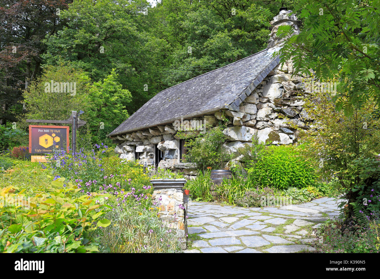 Ty Hyll, the Ugly House, Betws-y-Coed, Snowdonia National Park, Conwy, North Wales, UK. - Stock Image