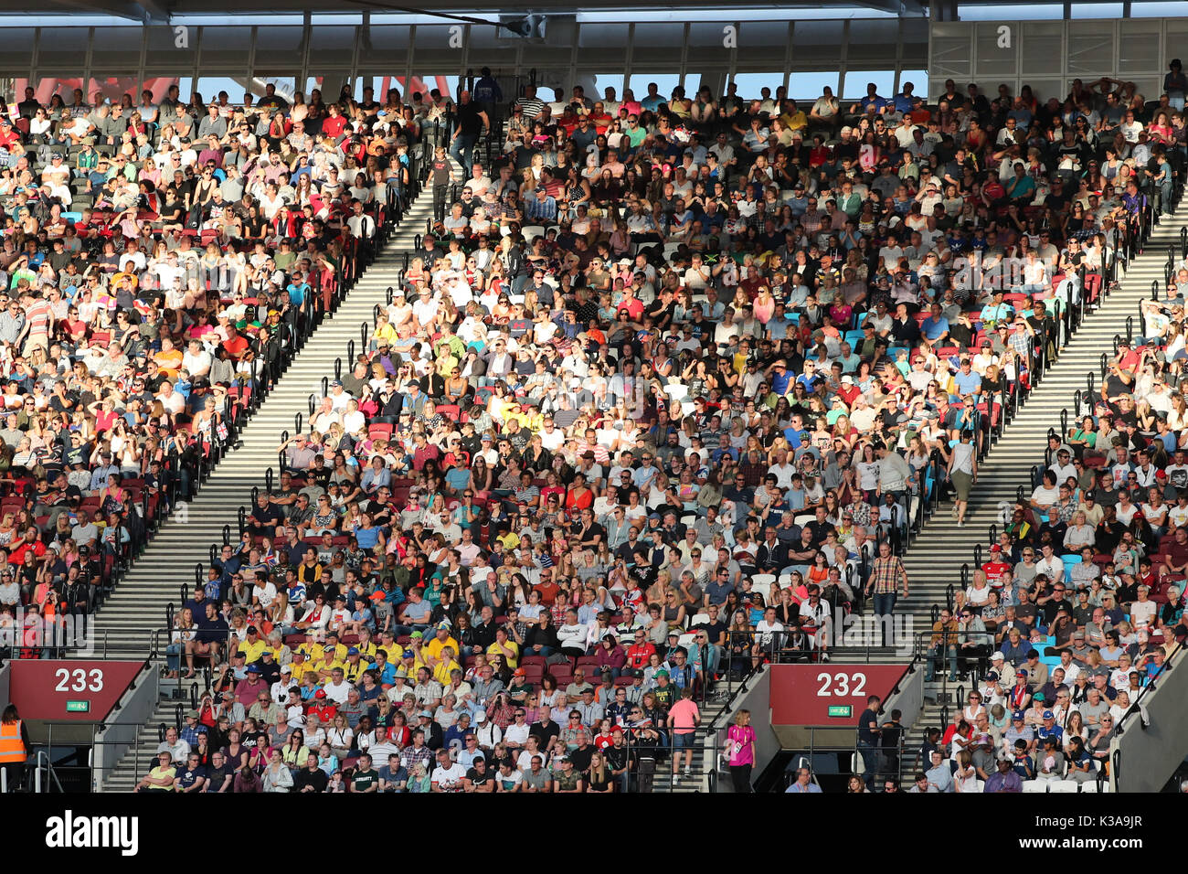 Spectators enjoying the 2017 IAAF World Championships, Queen Elizabeth Olympic Park, Stratford, London, UK, 6th August 2017 - Stock Image