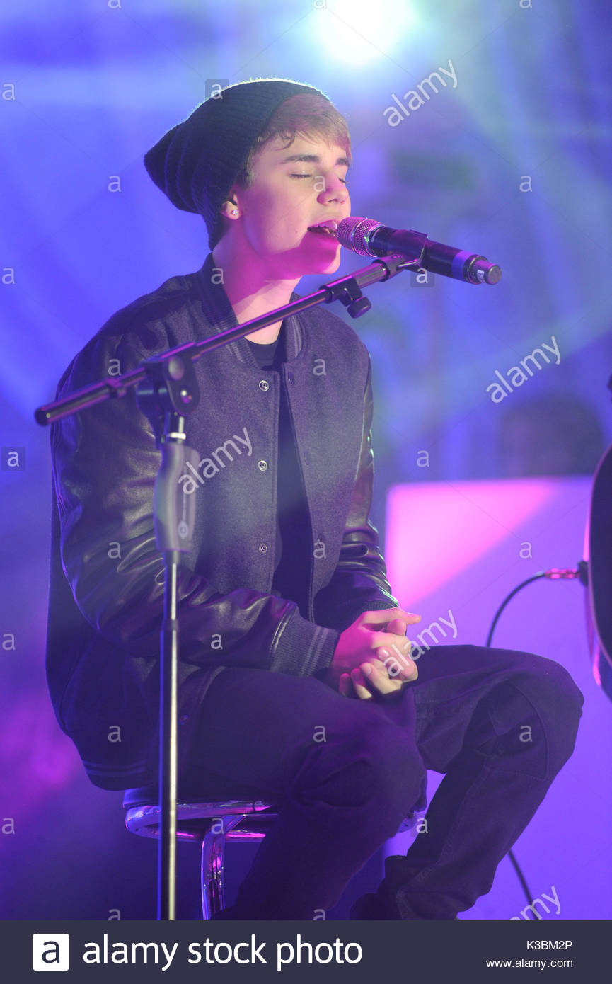 Justin Bieber. Justn Bieber turns on the Christmas lights at Stock ...