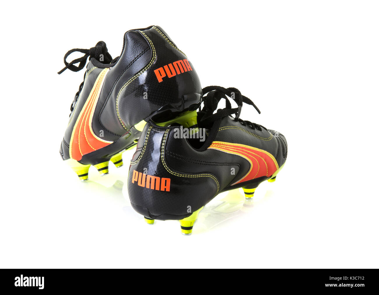 dac96e000 Puma Football Boots Stock Photos & Puma Football Boots Stock Images ...