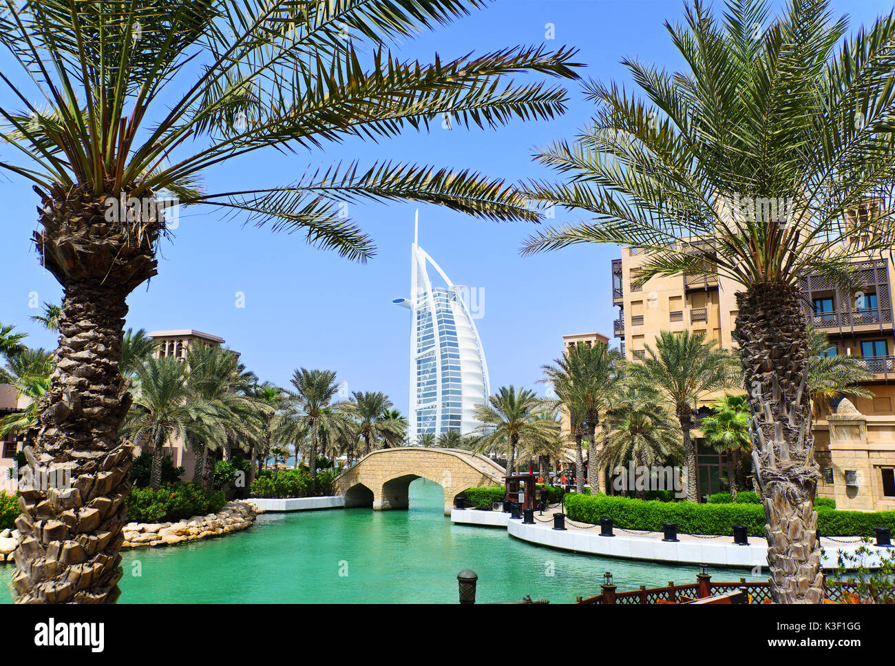 Madinat Jumeirah and the Burj al Arab Hotel in Dubai - Stock Image