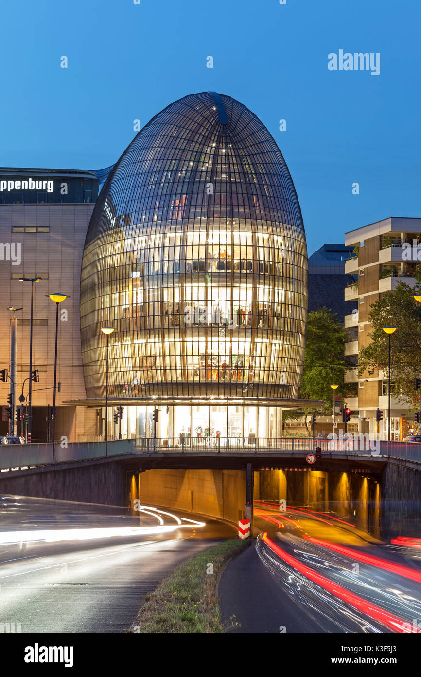 Weltstadthaus (global city building) of Renzo Piano, Cologne, North Rhine-Westphalia, Germany Stock Photo