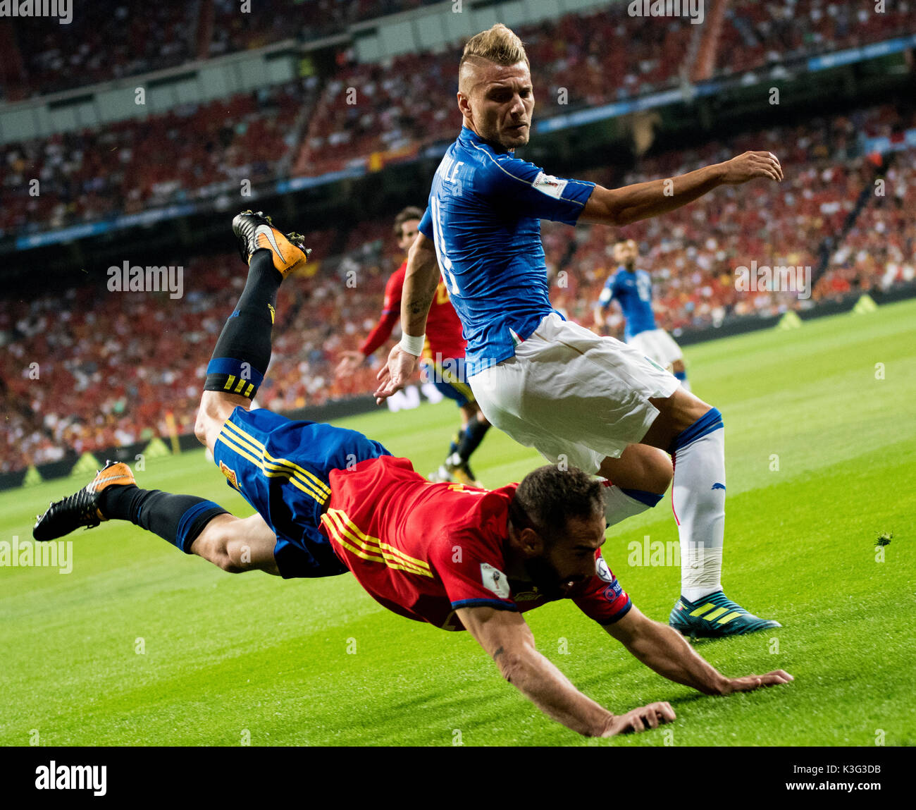 Madrid, Spain. 2nd September, 2017. Ciro Immobile (Forward, Italy) and Dani Carvajal (Defender, Spain) fight for the possession of the ball during the football match of FIFA World Cup 2018 Qualifying Round between Spain and Italy at Santiago Bernanbeu Stadium on September 2, 2017 in Madrid, Spain. ©David Gato/Alamy Live News - Stock Image