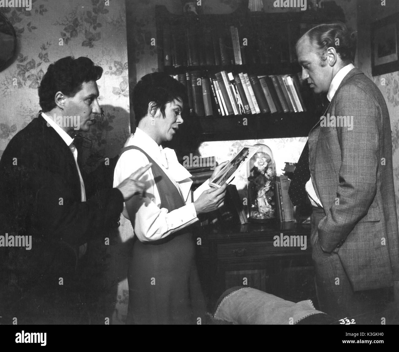 THE RECKONING from left - Director JACK GOLD, actors RACHEL ROBERTS, NICOL WILLIAMSON - Stock Image