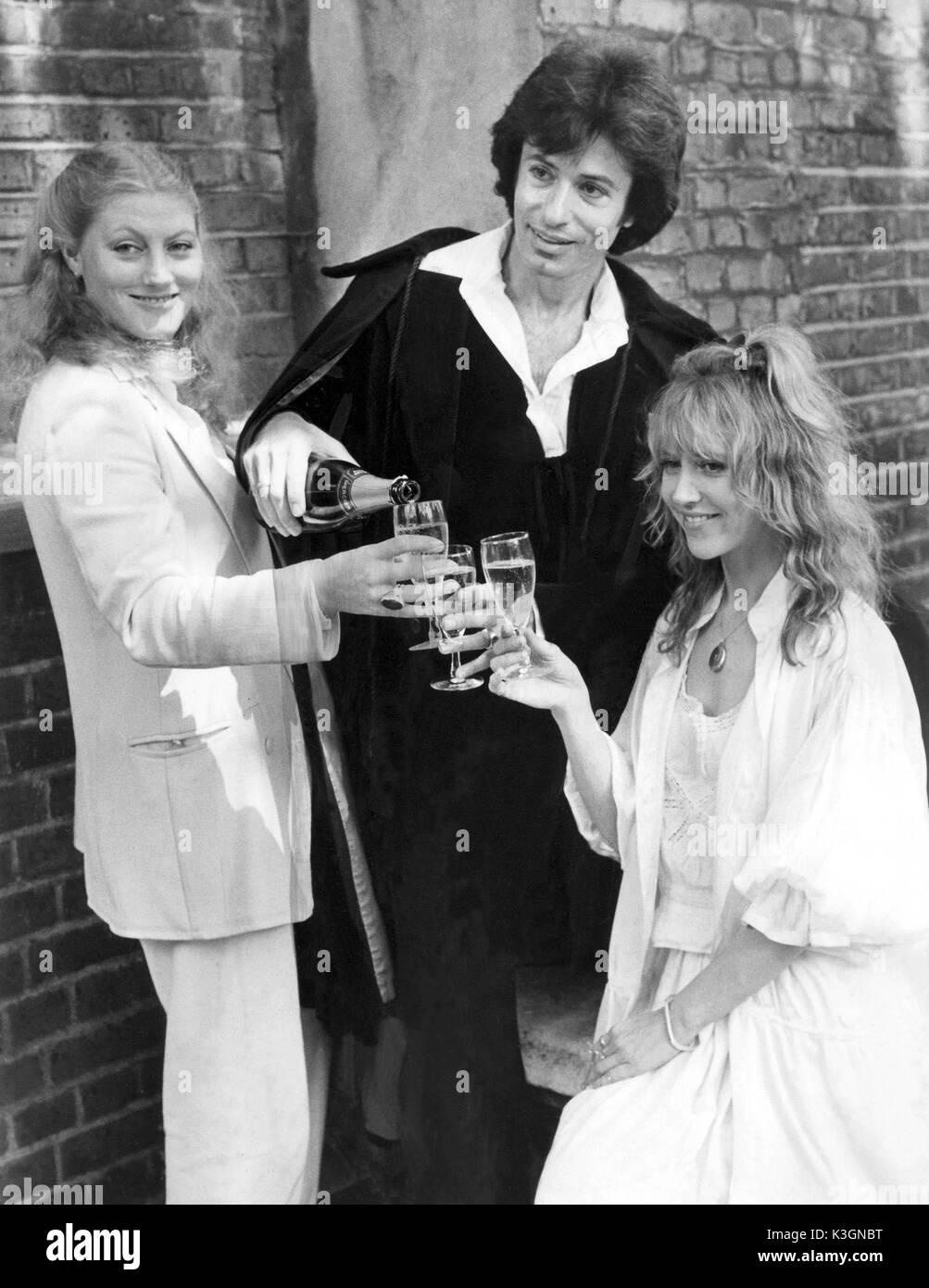 THE PASSION OF DRACULA [1978- 1979]  THE QUEEN'S THEATRE  SHAFTESBURY AVENUE, LONDON  GERALDINE JAMES as Dr. Helga Van Zandt,  GEORGE CHAKIRIS as Dracula,  BETH MORRIS as Wilhelmina Murray THE PASSION OF DRACULA [1978]  The Queen's Theatre  Shaftesbury Avenue, London  GERALDINE JAMES, GEORGE CHAKIRIS,  BETH MORRIS - Stock Image