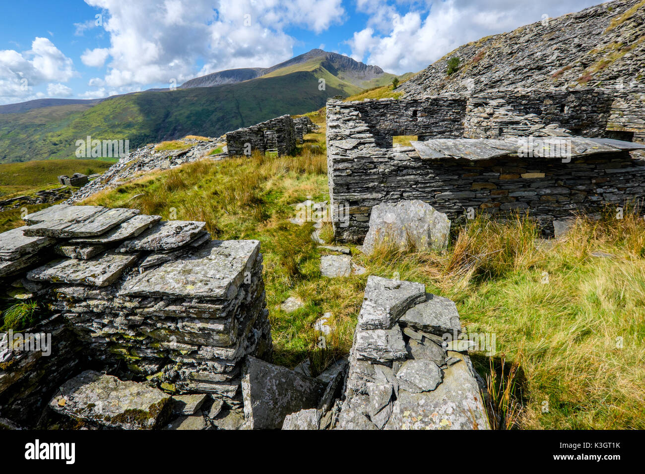 Craig Cwm Silyn on the Nantle Ridge seen from the former 'Prince Of Wales ' slate quarry at the head of Cwm Pennant, Stock Photo