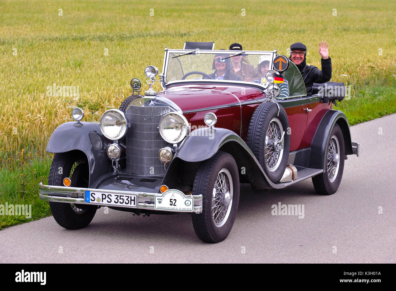 100 Year Old Car Stock Photos & 100 Year Old Car Stock Images - Alamy